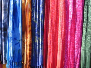 colourful-batik-shawls-2-1145599